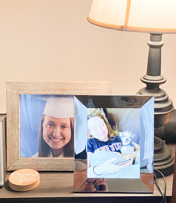 "Nixplay 9.7"" Smart Photo Frame"
