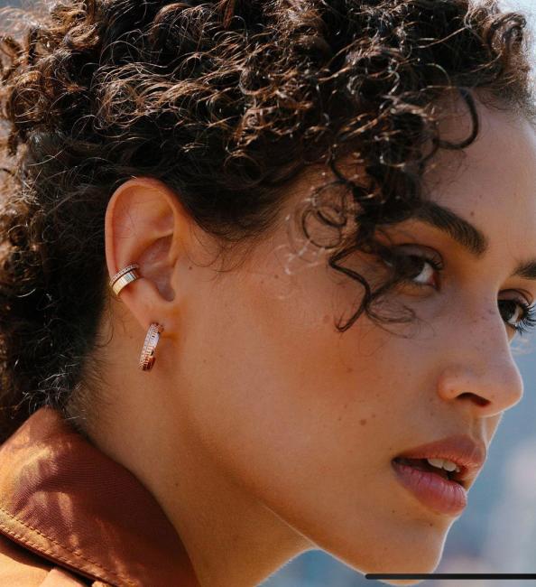 Aerate Mini Ear Cuff with Diamonds