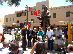 Cura de Taos,  La Honra de Su País/ The Honor of His Homeland