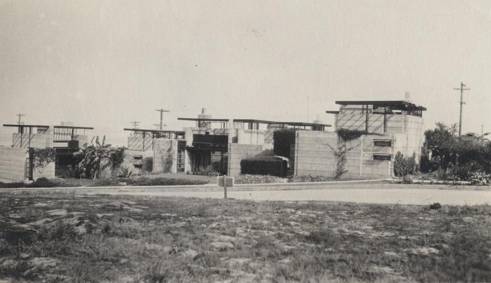 Schindler 1923 Condo