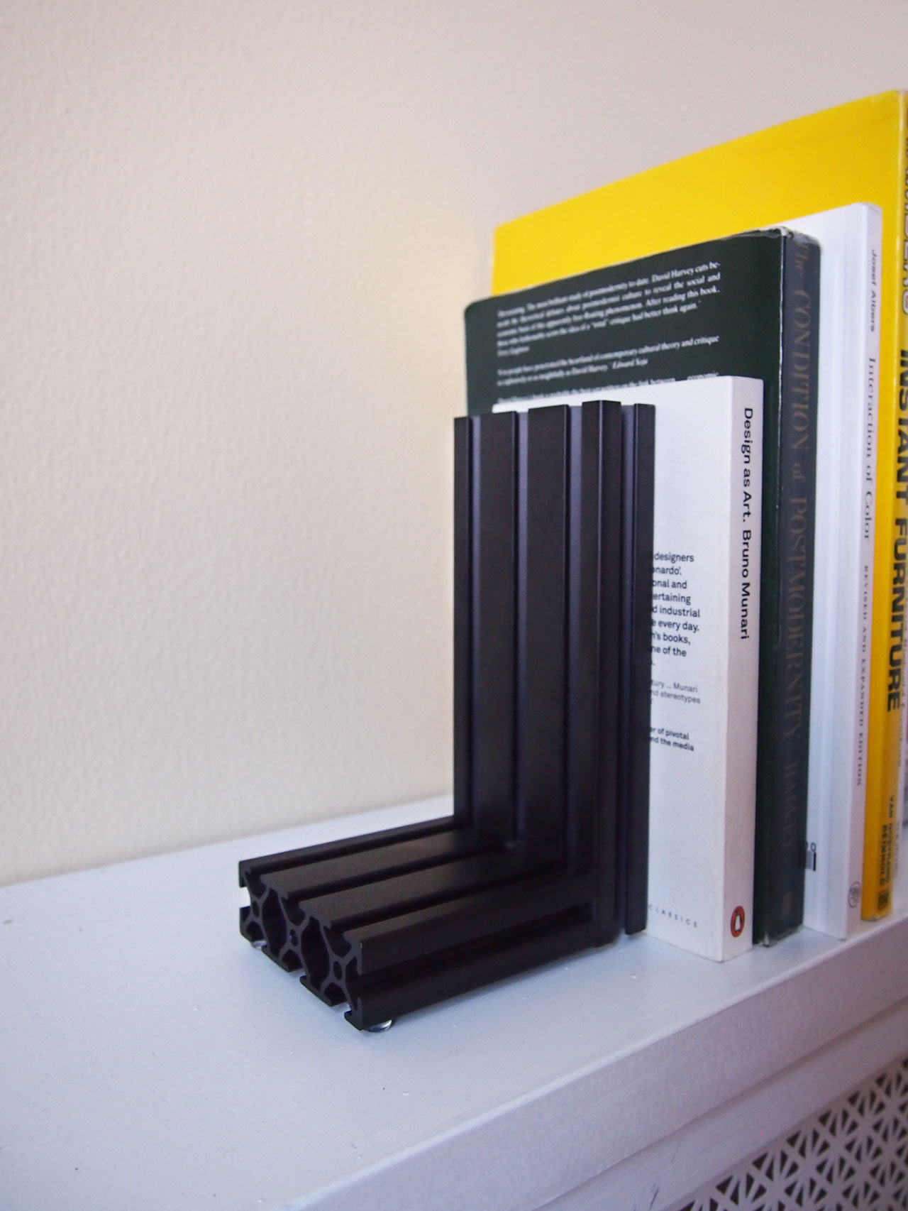 DIY extrusion bookends designed by Aandersson