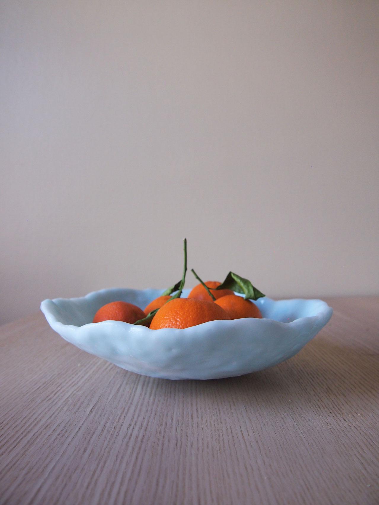 DIY translucent fruit bowl designed by Aandersson