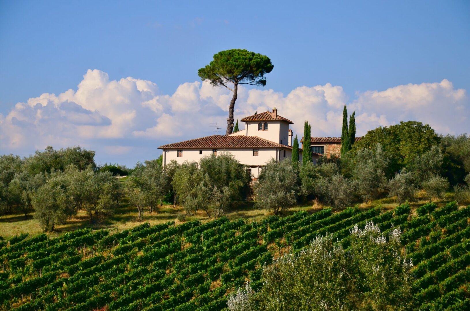 tuscany-851197
