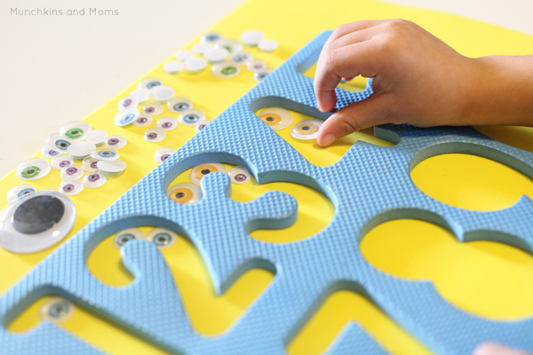 Use a foam puzzle frame to make this preschool math activity!