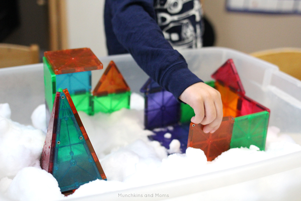 """Use magnetic tiles (like Magna Tiles or Picasso Tiles) to build """"in the clouds""""! What a creative invitation to build!"""