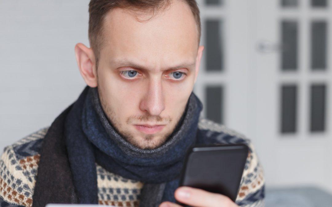 Cibercondría: la obsesión por googlear tus síntomas.