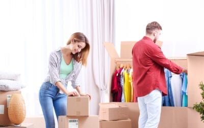 What Is the best way to pack clothes for moving?