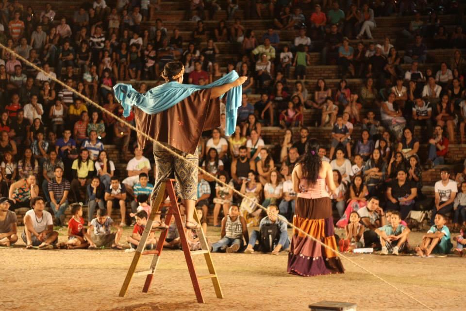 Festival Amazônia Encena Na Rua