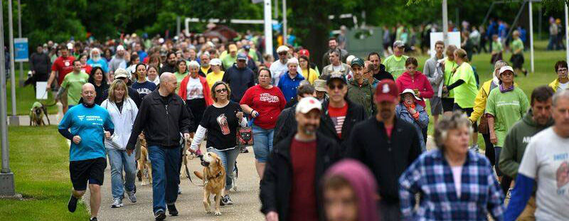 crowds of people at the Highmark Walk