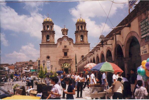 jalos plaza
