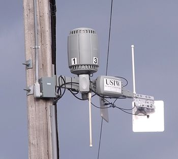 English: A wireless internet router, part of M...
