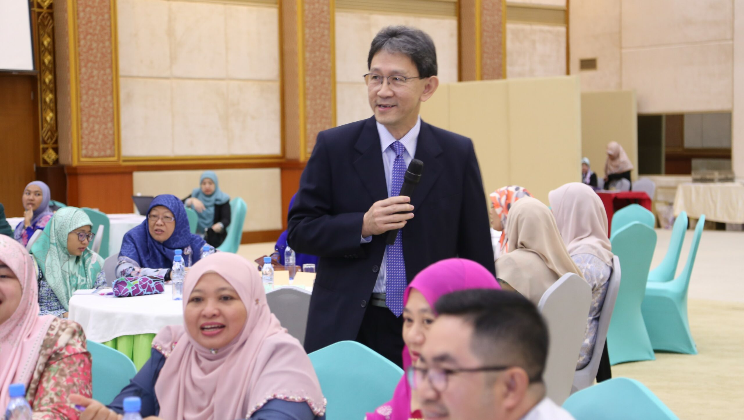 Sharing Singapore's workforce development history and current challenges with Brunei