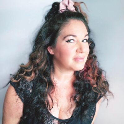 Getting Glam & Talking Hair & Makeup with Julie Hill