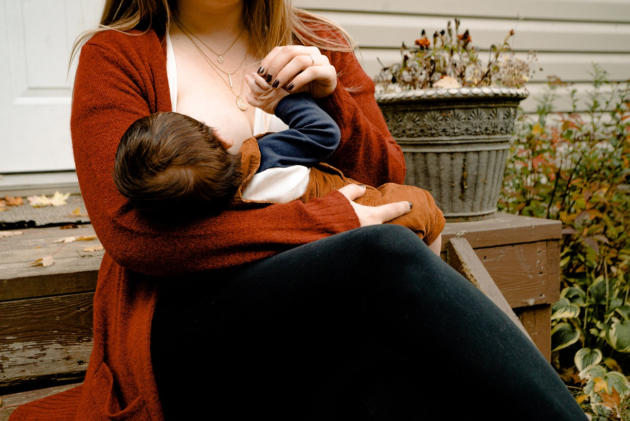 How Working Moms Can Breastfeed After They Go Back To Work