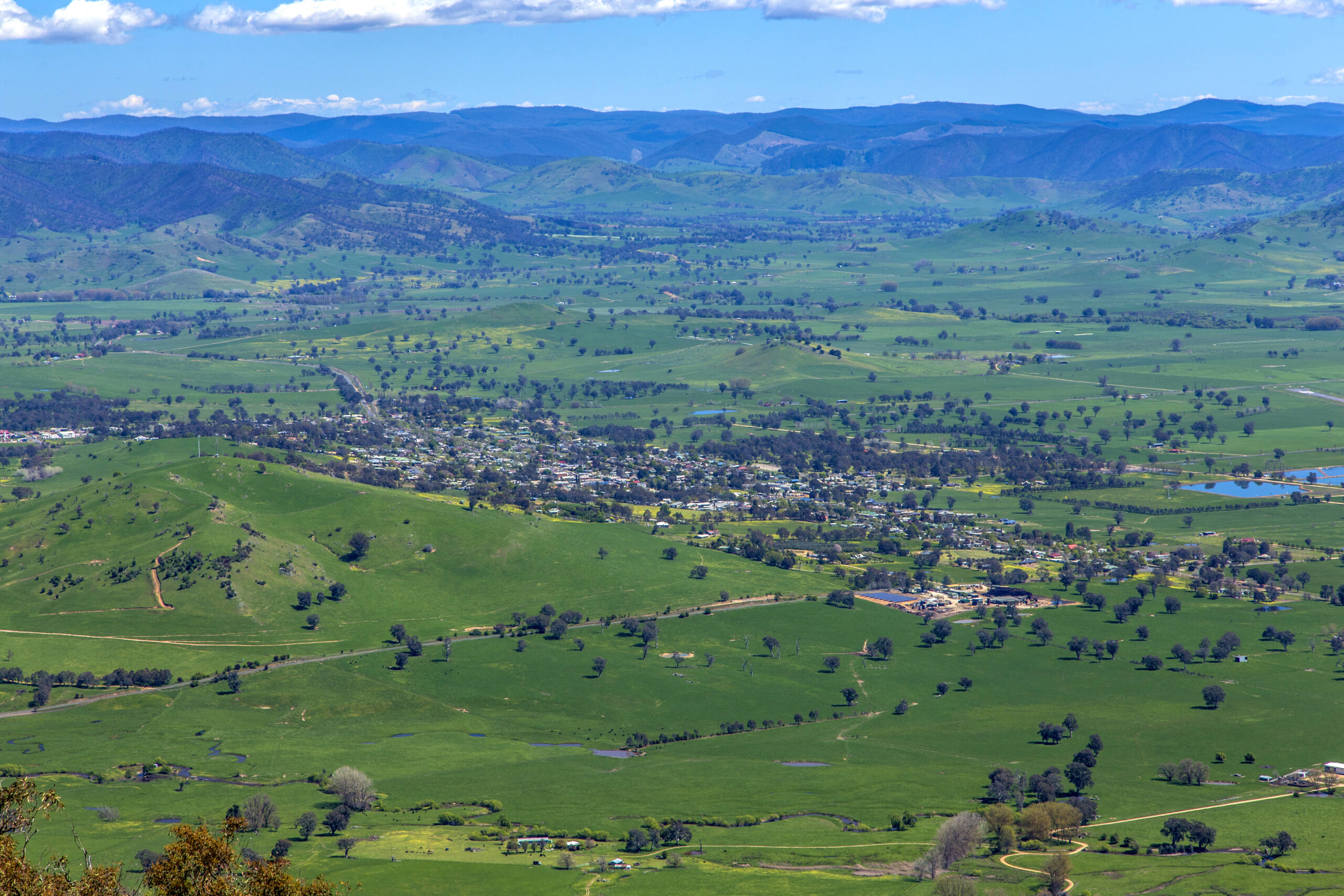 A wide shot from above of Corryong district and township