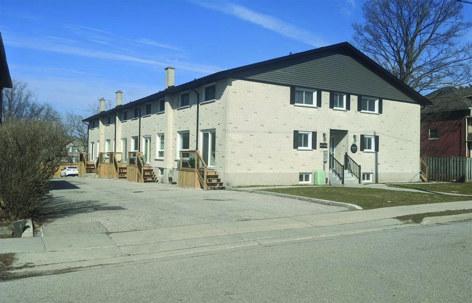 10 Unit Townhouse Complex