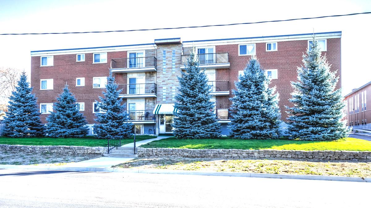 15 Unit Apartment Building
