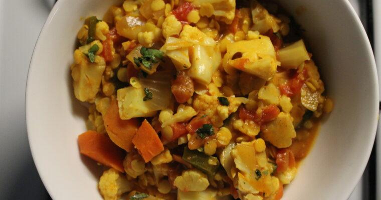 Slow Cooker Cauliflower Lentil Curry