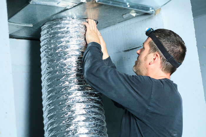 3 Signs You Need to Schedule an Air Duct Repair
