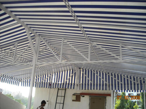 Hut Awning fixed