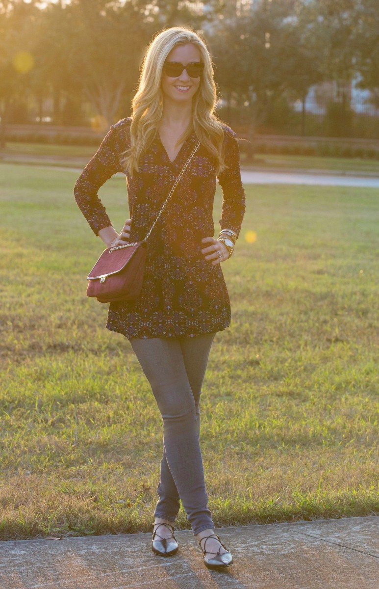 black tunic with merlot purse and lace up flats