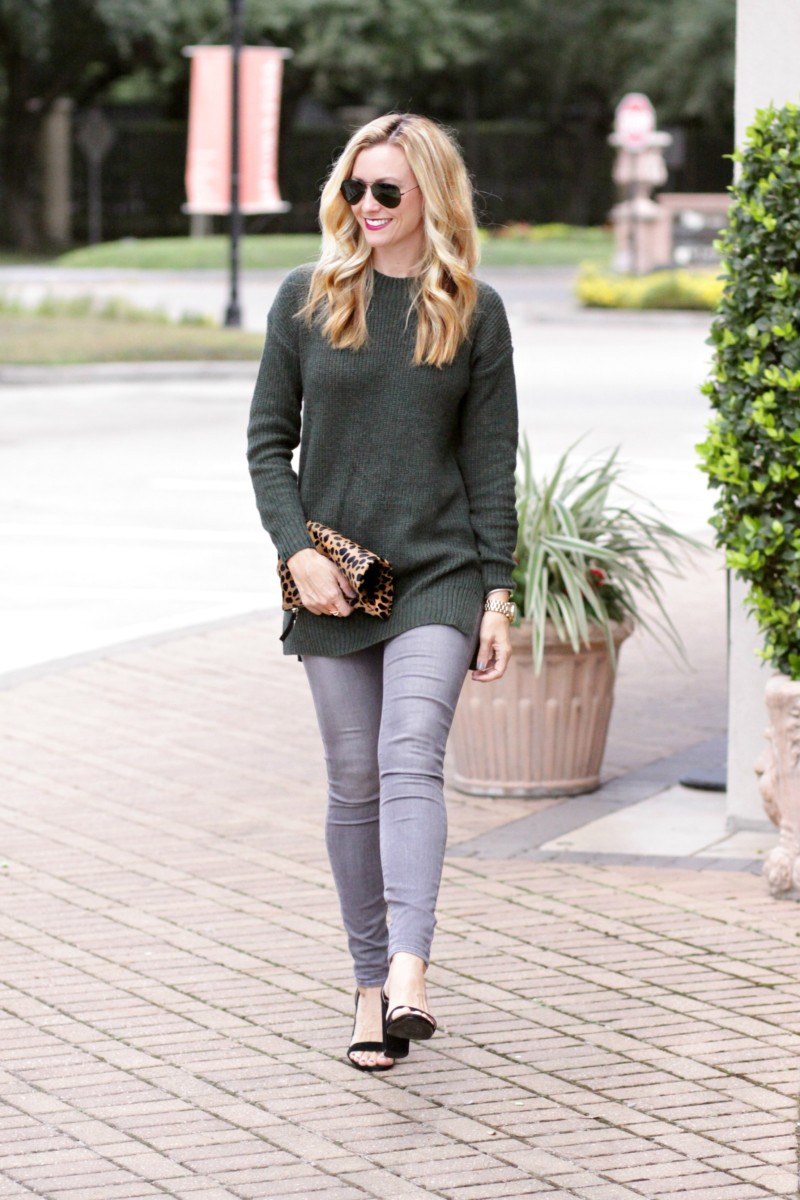Perfect sweater 2 ways and must have shoes