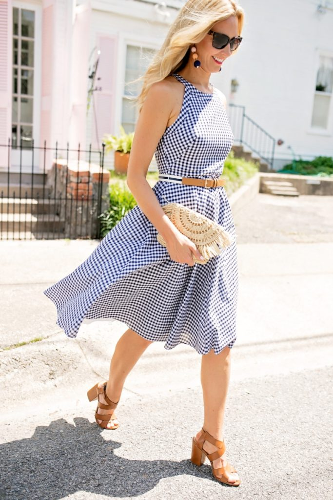 Perfect Gingham Dress with a Straw Clutch by fashion blogger Sara of Haute & Humid