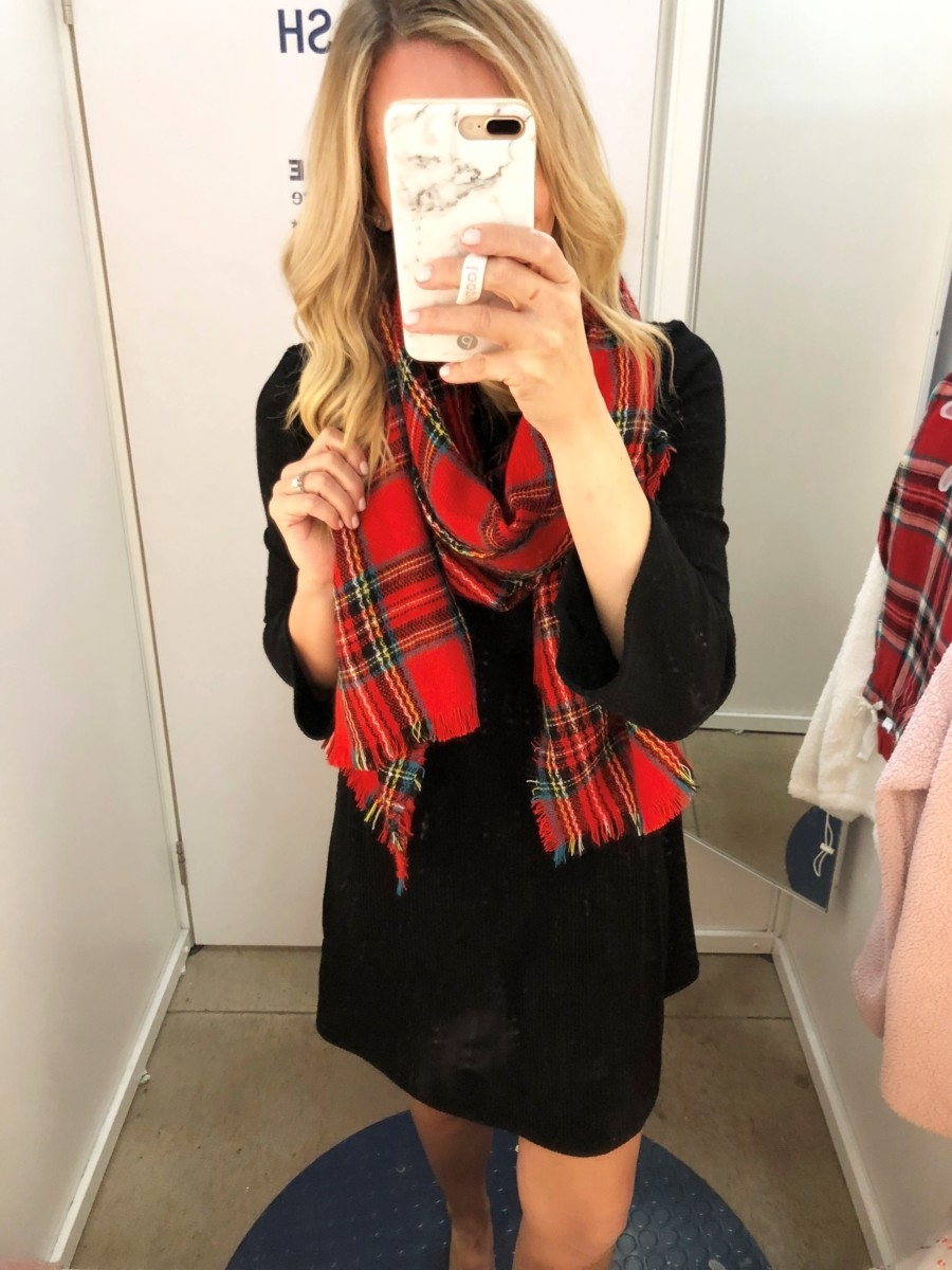 plaid christmas scarf | Old Navy Fall Favorites Sale Round Up featured by top Houston fashion blog Haute & Humid
