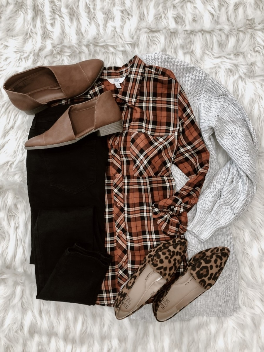 fall outfit | Must Have Affordable Fall Flats by popular Houston fashion blog, Haute and Humid: image of Walmart Time and Tru Womens Time And Tru Open Shank, Walmart Time and Tru Women's Button Front Plaid Top, and Walmart Time and Tru Womens Time And Tru Feather Flat Wide Width.
