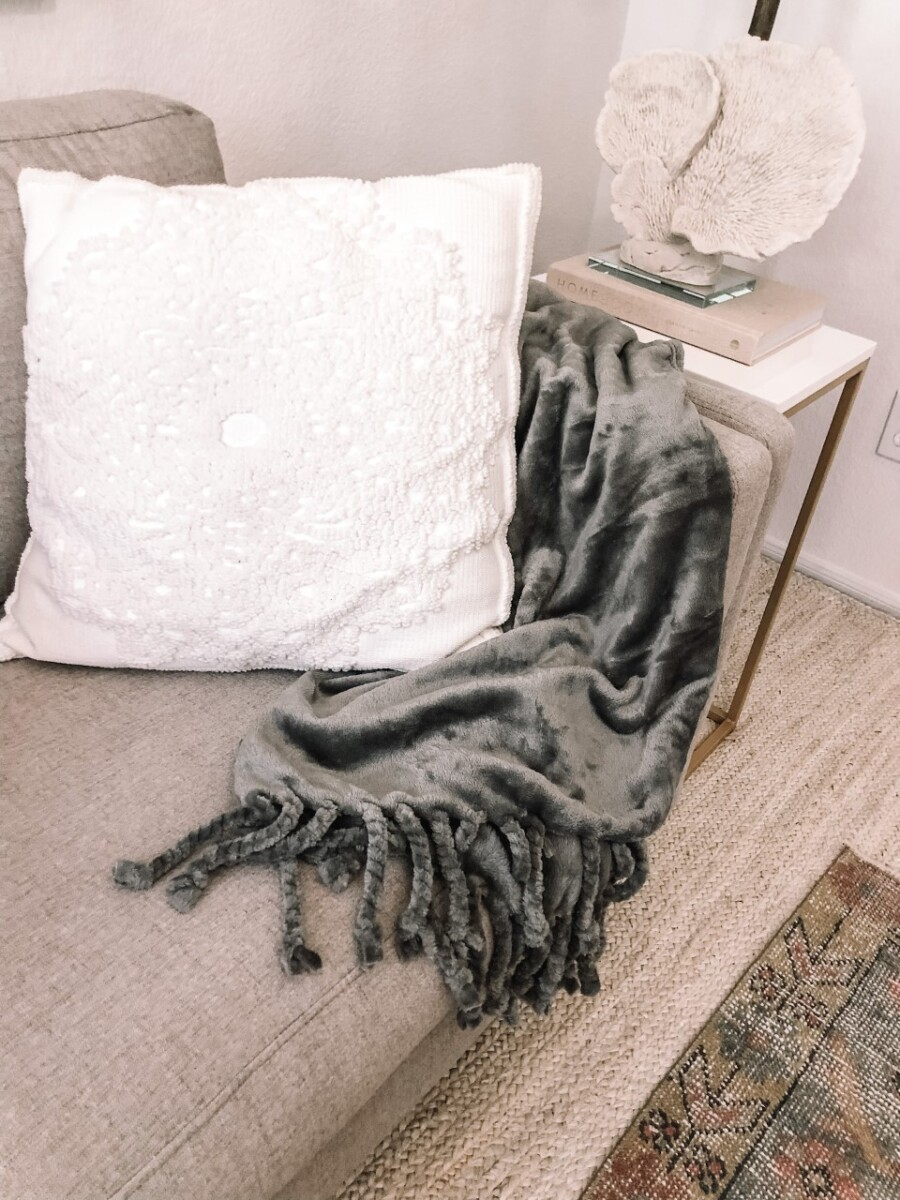 NORDSTROM blanket | Nordstrom Anniversary Sale by popular Houston fashion blog, Haute and Humid: image of a Nordstrom Bliss plush throw blanket.