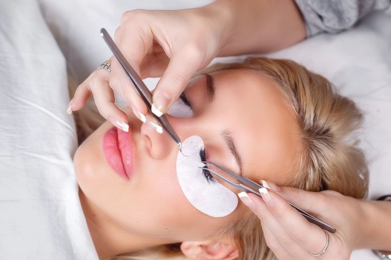 Lash Extensions Referral Promotion
