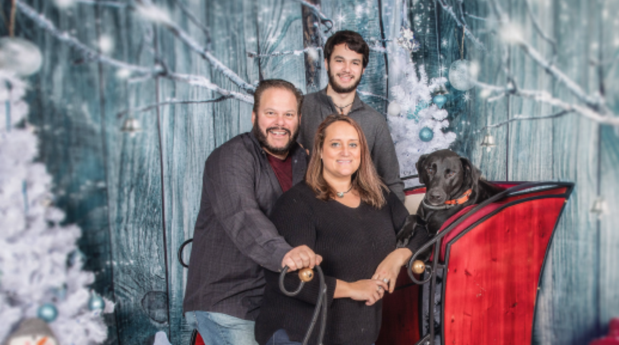Holiday Photos With Your Pet