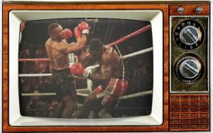 SMC-TV-LOGO-Mike Tyson 17-Combo Shot