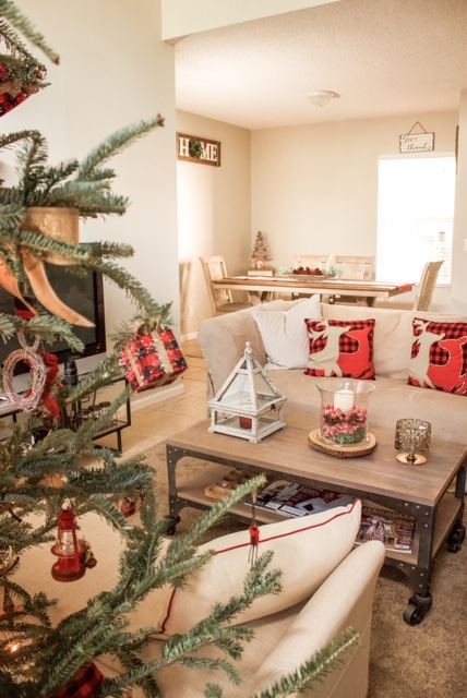 Our Homes For The Holidays Tour