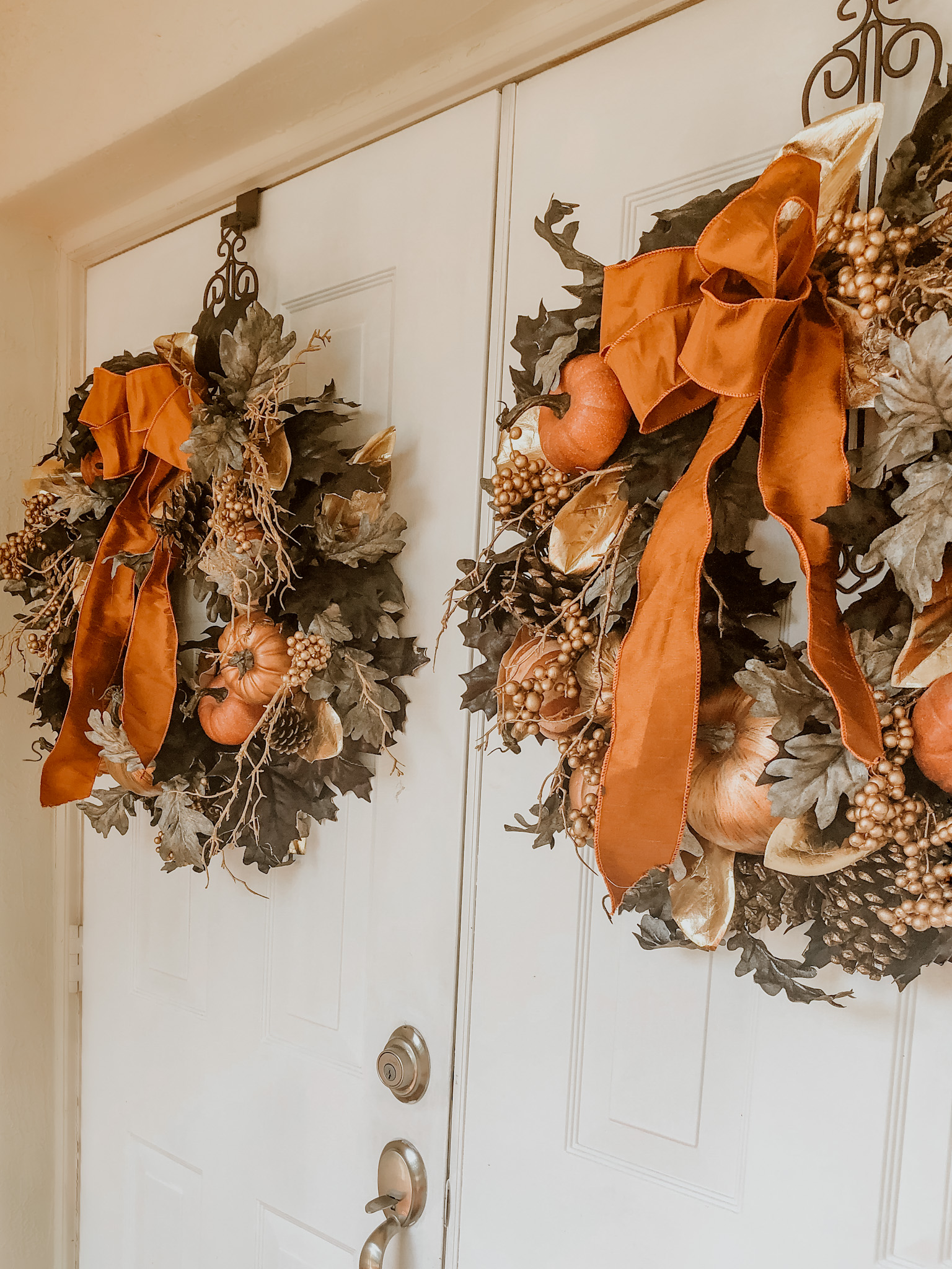 My Front Door is all Decked out for Fall