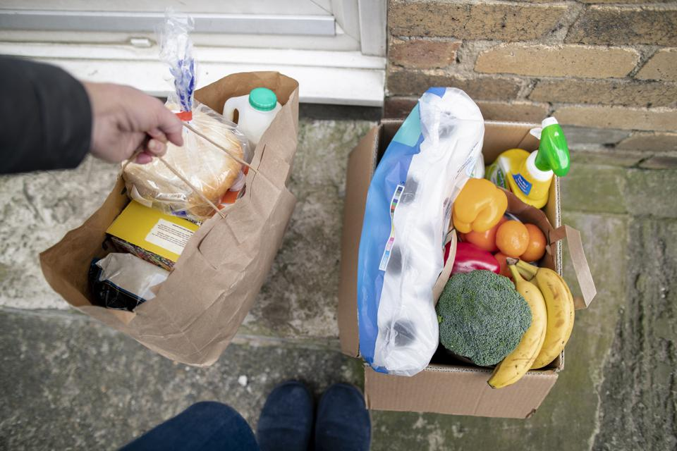 How Grocery Retailers Can 'Win The Porch' For Online Grocery Delivery