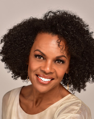 Sara Davis Lifestyle services Director