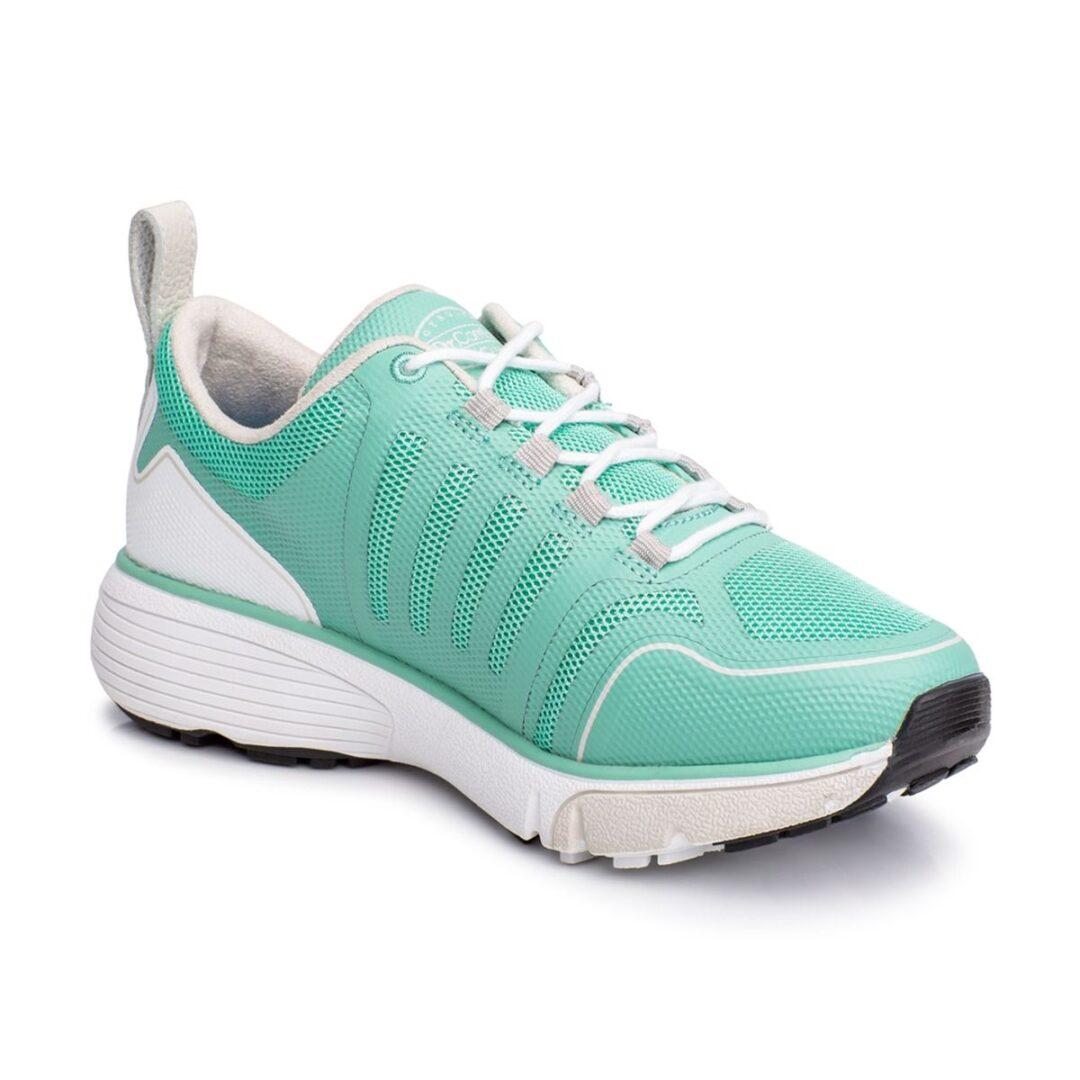 Grace Women's Athletic Shoe