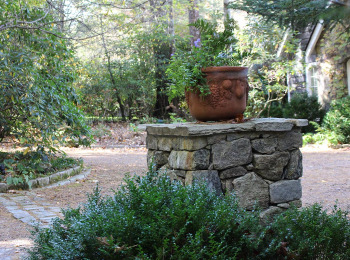 Lake Home Natural Stone Column For Planter