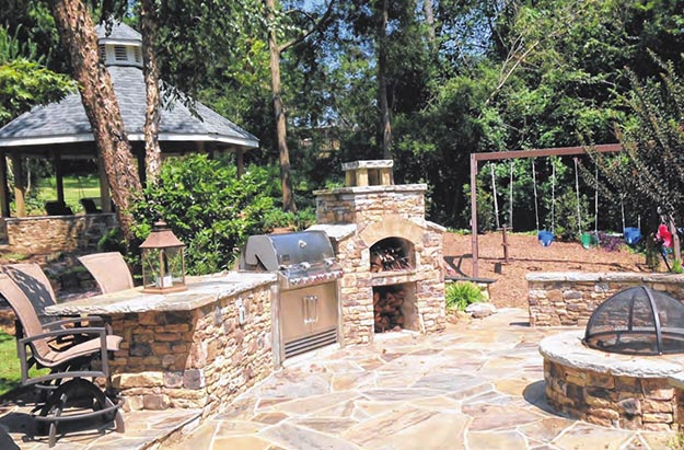 stone-backyard-grilling-area-ajc1