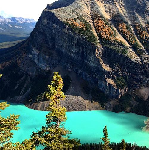 Lake Louise. Photo: @rockieschick22 on Instagram.