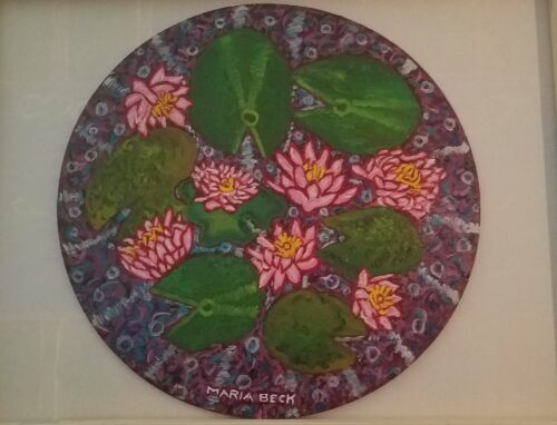 Water Lilies in the Round