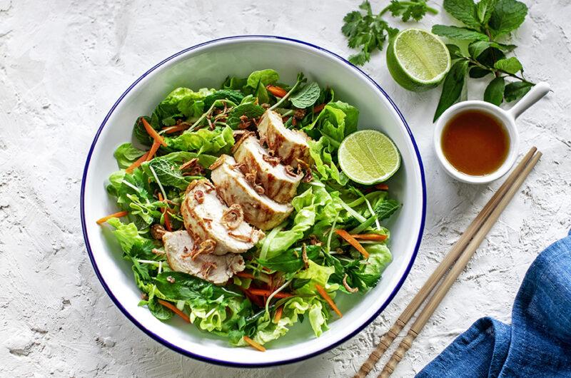 Vietnamese-style Lemongrass chicken and Herb Salad. Keto-frindly Recipe.