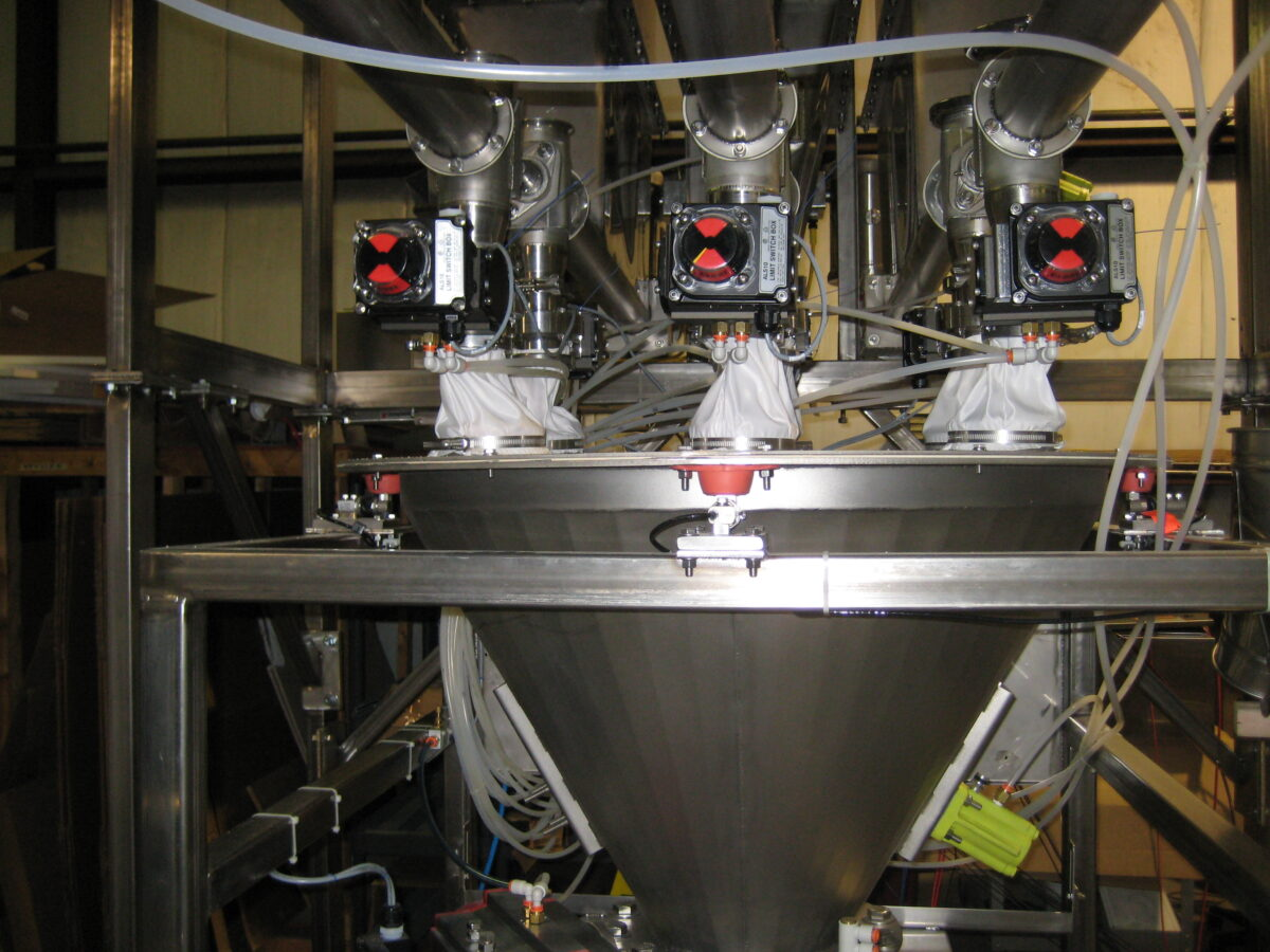 Scale Hopper with Multiple Ingredient Inlets