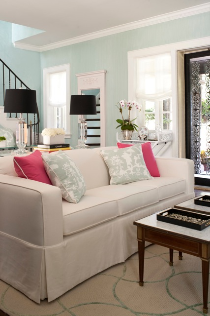 Alternate sofa view.