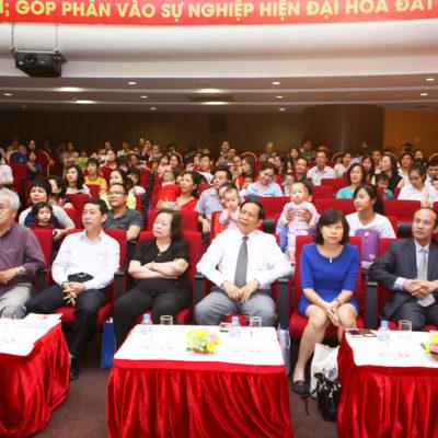 Các đại biểu khách mời VIP tại buổi lễ