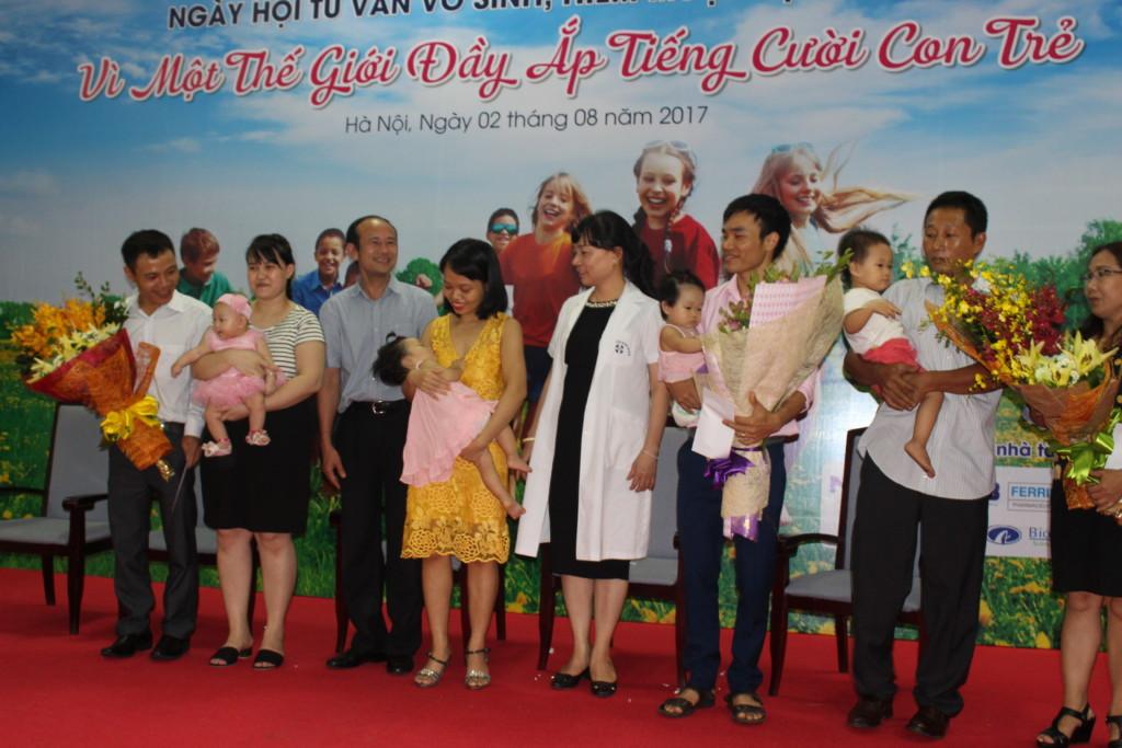 Tien si Do Van Trang va Bac si Nguyen Thi Nha