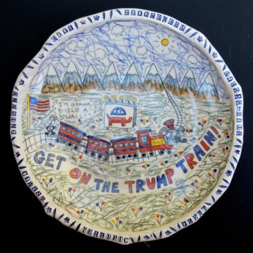 trump-train-platter