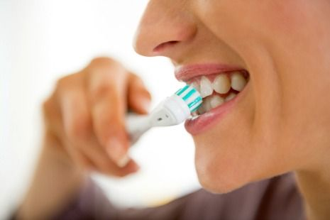 Electric toothbrushes help prevent gum disease and tooth decay