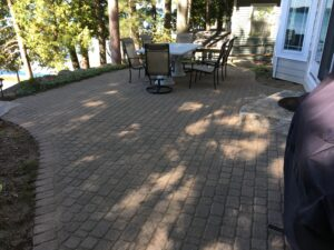 Brick paver patio by Twin Oaks Landscaping